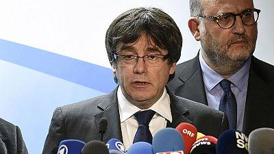 """Puigdemont ofrece a Rajoy una reunión fuera de España y le insta a """"aceptar los resultados"""" ante el fracaso del 155"""