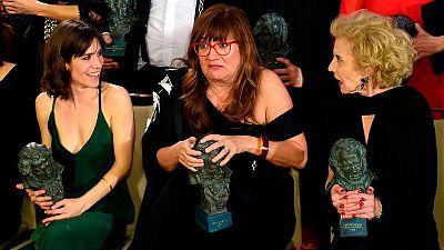 Bruna Cusi, Isabel Coixet y Marisa Paredes posan con sus premios Goya
