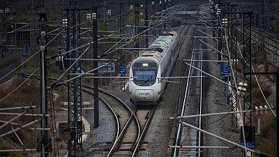 Más de la mitad de la inversión en infraestructura prevista para 2018 estará destinada a carreteras y ferrocariles.
