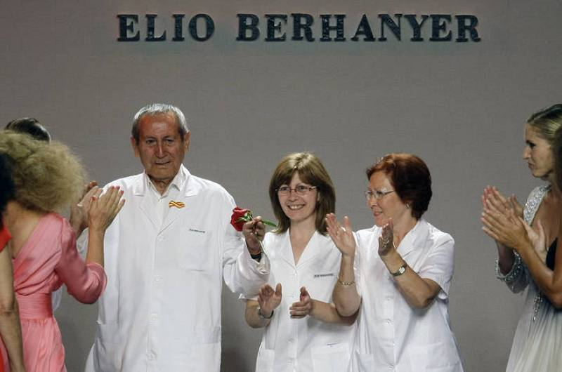 Homenaje a Elio Berhanyer en Madrid Cibeles Fashion Week