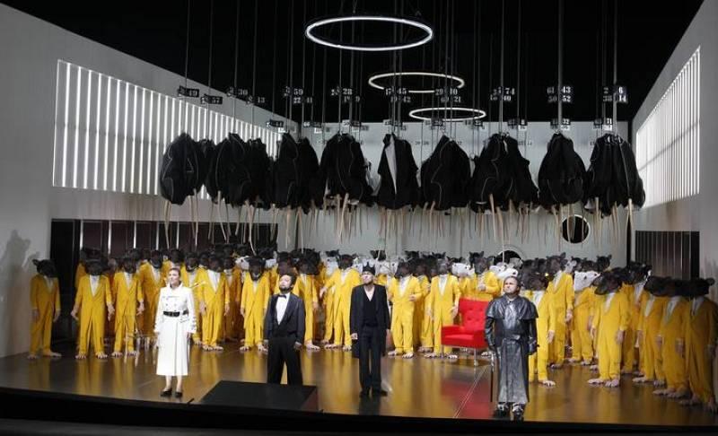 La escenografía del 'Lohengrim' que inauguró el Festival de Bayreuth
