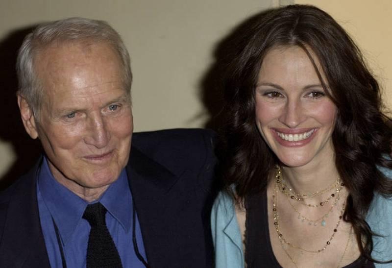 Paul Newman y Julia Roberts durante una gala benéfica en 2005