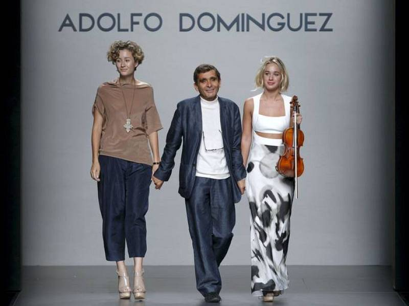 Adolfo dom nguez en cibeles madrid fashion week septiembre for Adolfo dominguez oficinas madrid