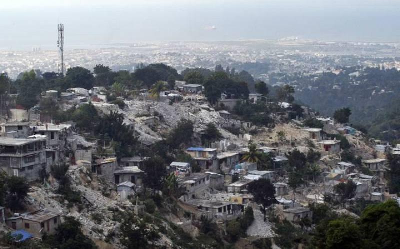 Hait un a o despu s de que temblara la tierra 12 for Canape vert haiti