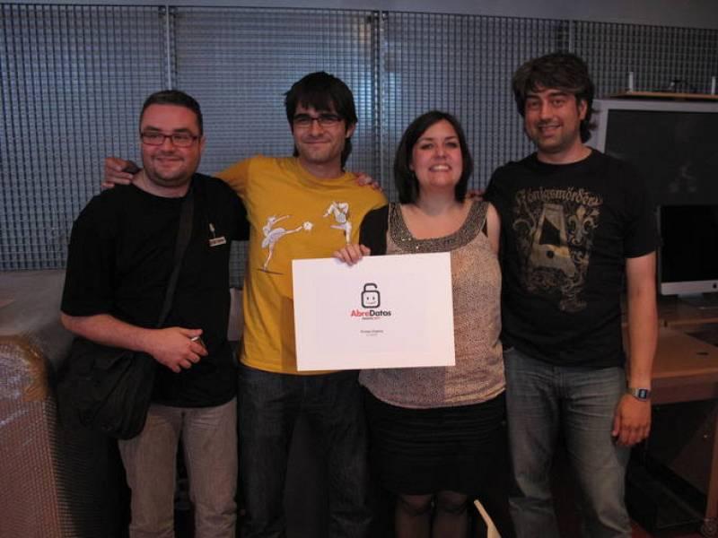Los miembros del proyecto ganador de Abredatos 2011, 'El Disparate': Dani Latorre, Agustín Raluy, Mamen Pradel y Toño García