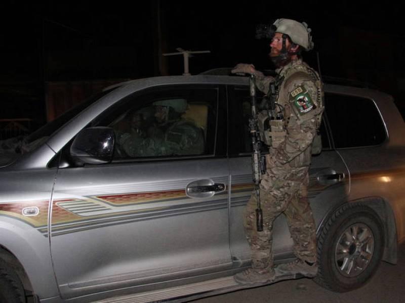 Comandos de seguridad afganos llegan a las instalaciones del hotel Intercontinental tras el ataque