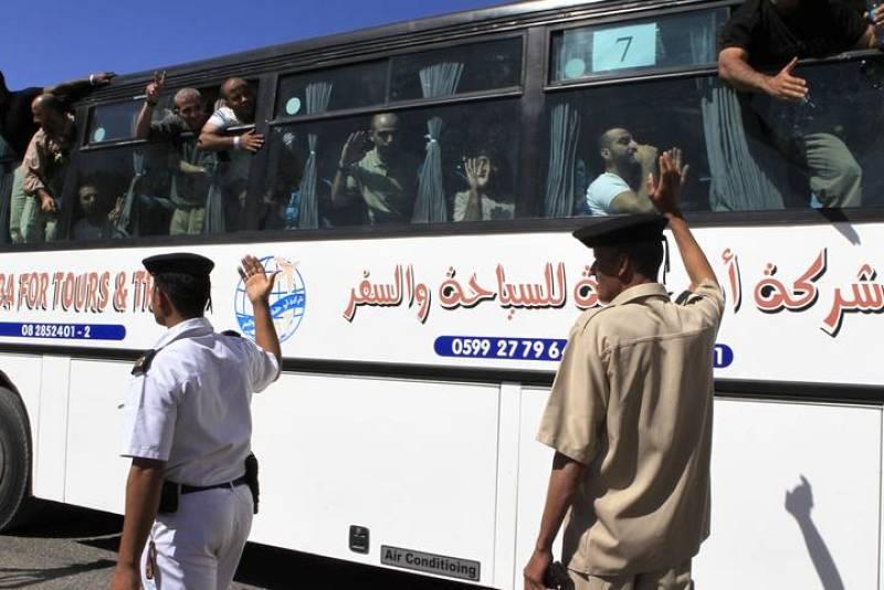 293 presos han llegado a Gaza por mediación de Egipto