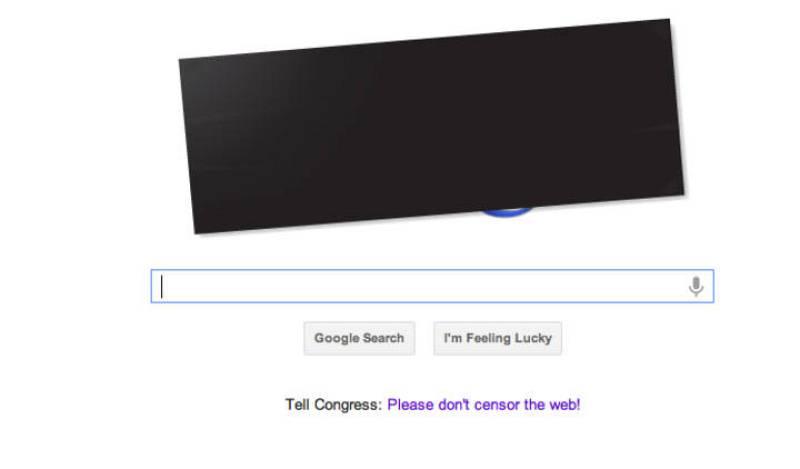 Así ven los usuarios de Estados Unidos la página principal de Google en la que solo aparece un enlace en el que explican su oposición a la Ley SOPA