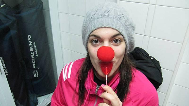 La jugadora del Perfumerías Avenida Marta Xargay con la nariz roja.