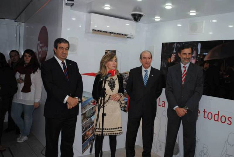 Presentación de la exposción itinerante de RNE en Oviedo