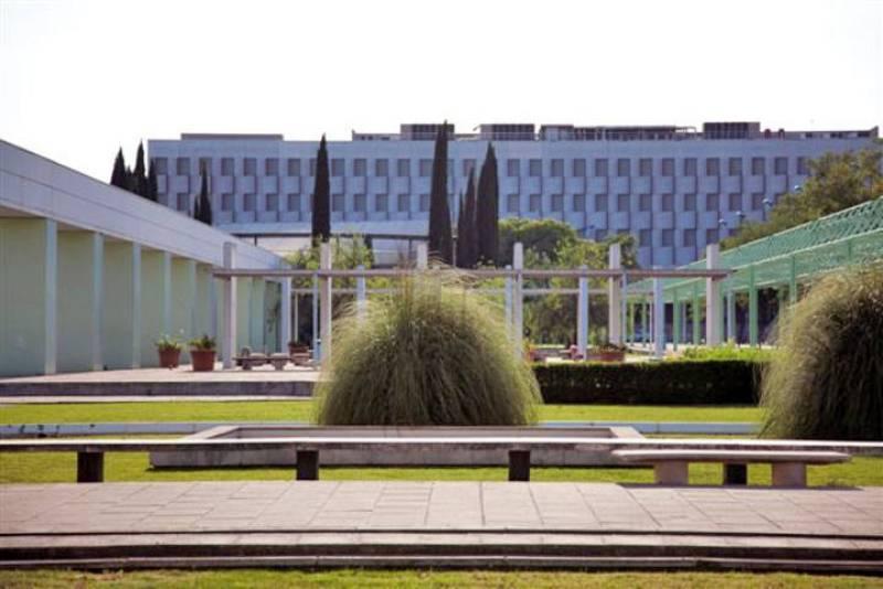 Actual facultad de Comunicación de la Universidad de Sevilla