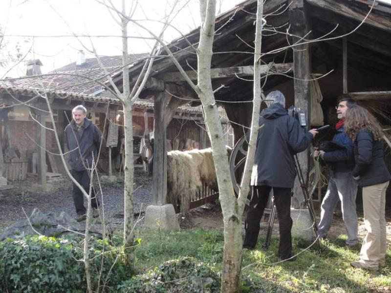 Grabando a Xabier Zumalde, en Artea, Bizkaia