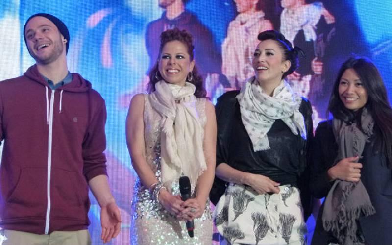 Pastora Soler, sobre el escenario del Euro Village junto al alemán Roman Lob, la italiana Nina Zilli y la francesa Anggun.