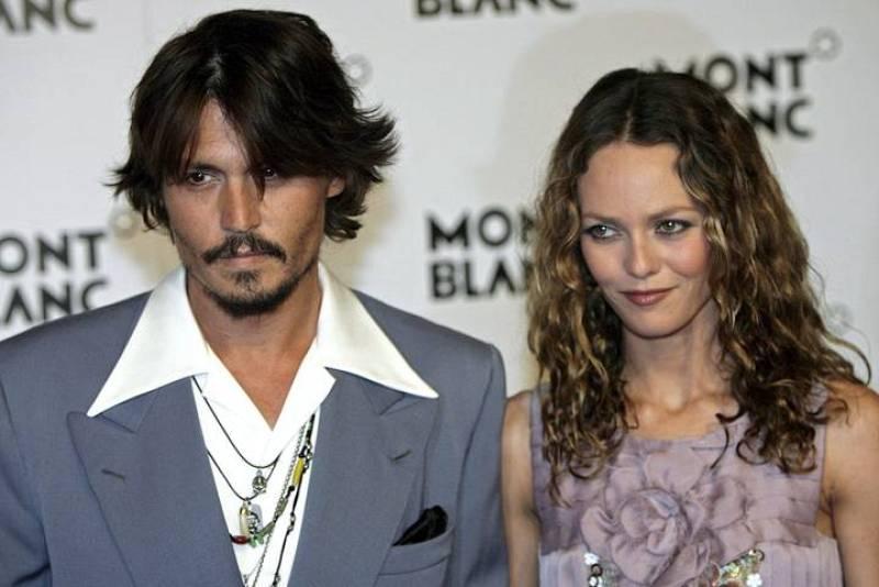 Johnny Depp y la actriz y modelo francesa Vanessa Paradise tienen dos hijos en común.