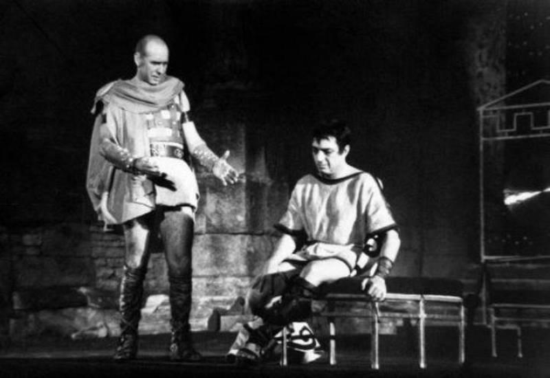El actor José MAría Rodero en el papel de Calígula (1963)