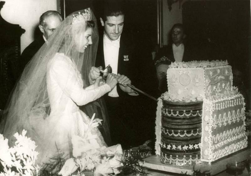 Cayetana de Alba se casó por primera vez en 1947 con Luís Martínez de Irujo, padre de sus seis hijos