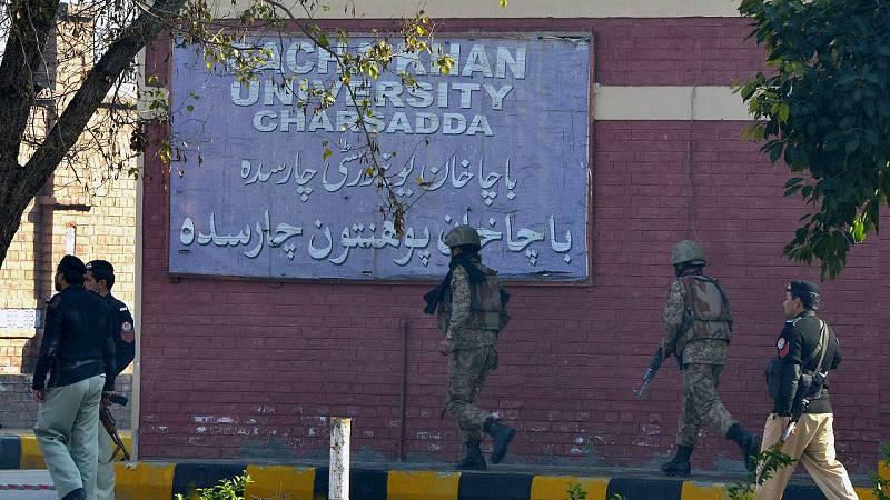 El Ejército y la Policía han tomado parte en la operación para reducir a los terroristas del campus. AFP PHOTO / A MAJEED