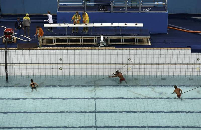 As vaciaron la piscina verde de los juegos ol mpicos de for Arreglar piscina