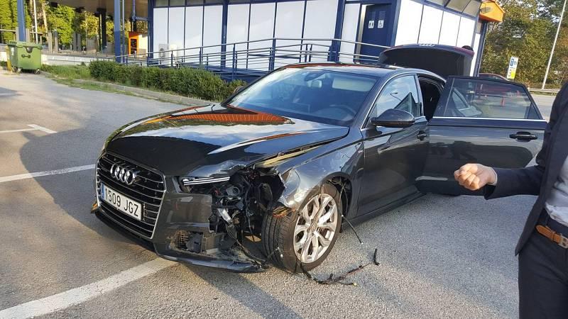 Puigdemont, ileso tras sufrir un accidente con su coche