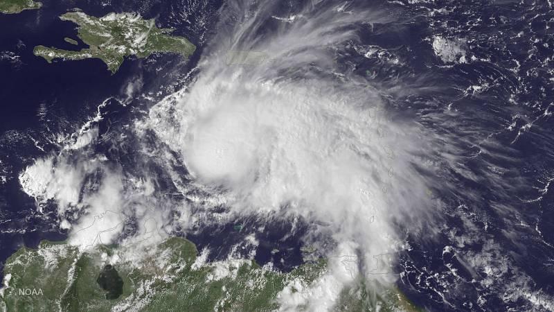 Cuba se prepara para la llegada del huracán Matthew