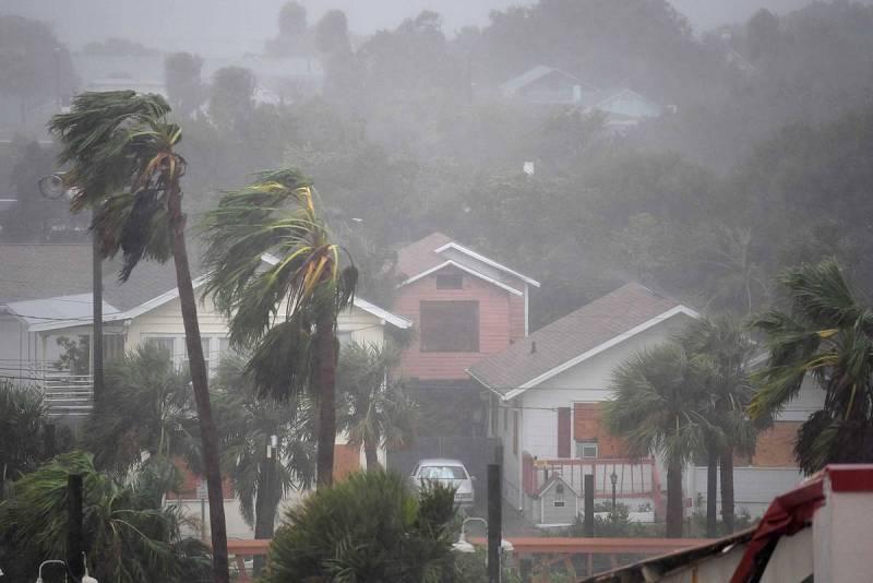 La lluvia azota Daytona Beach, Florida (EE.UU.)