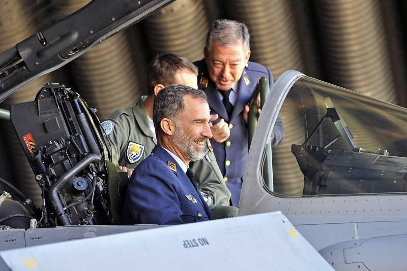 El rey Felipe visita la Base Aérea de Los Llanos en Albacete