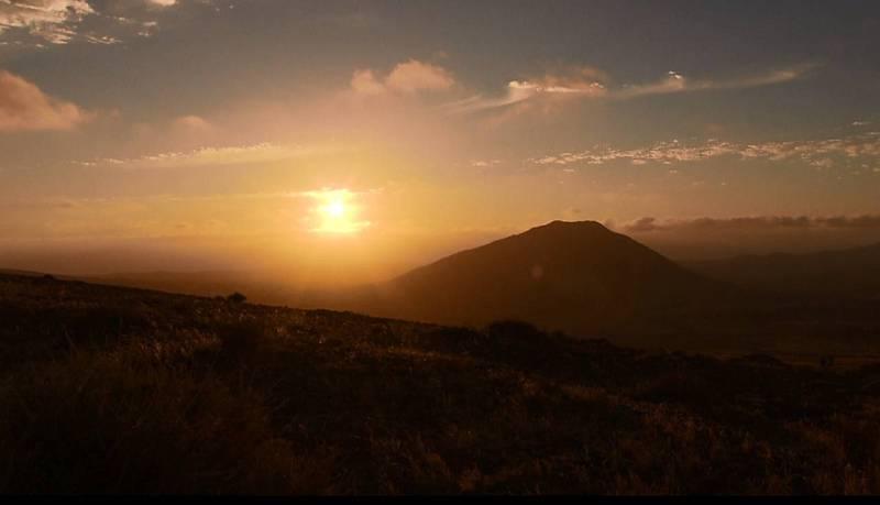 """La montaña de Tindaya, sagrada para los """"majos"""""""