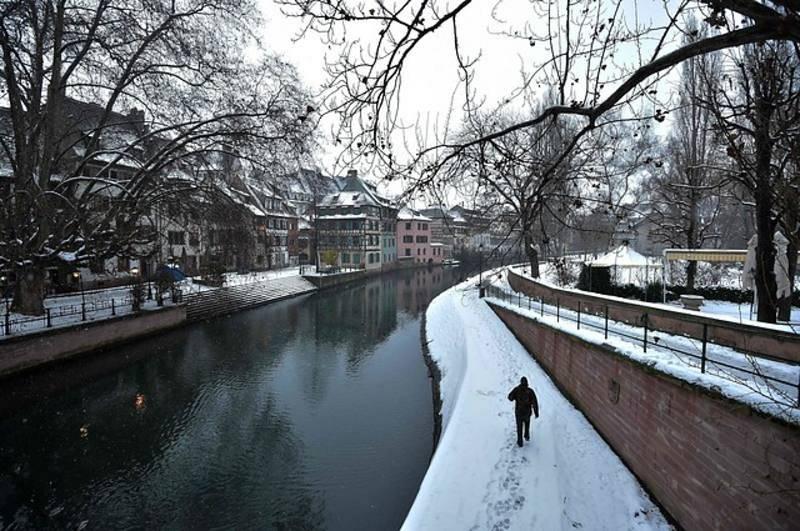 La nieve cubre Estrasburgo