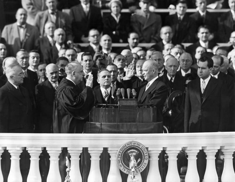 'Ike' toma el relevo en la Casa Blanca