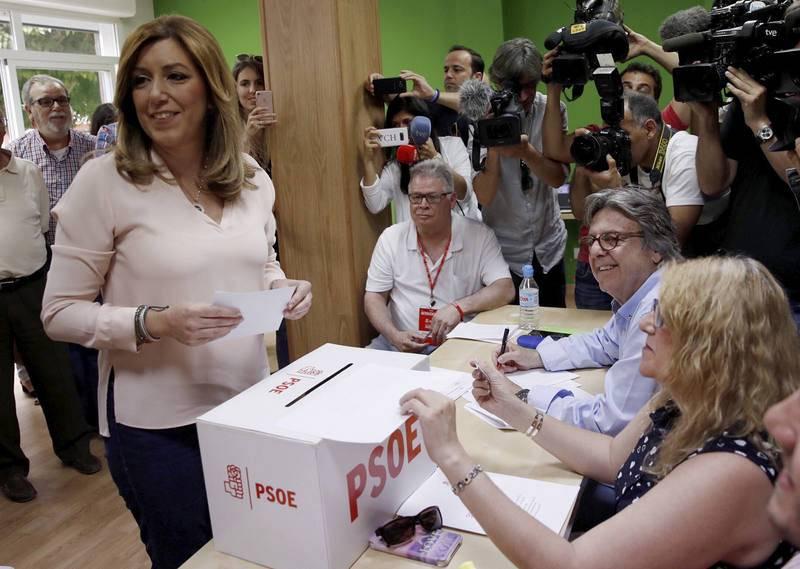 Susana Dïaz vota en Triana