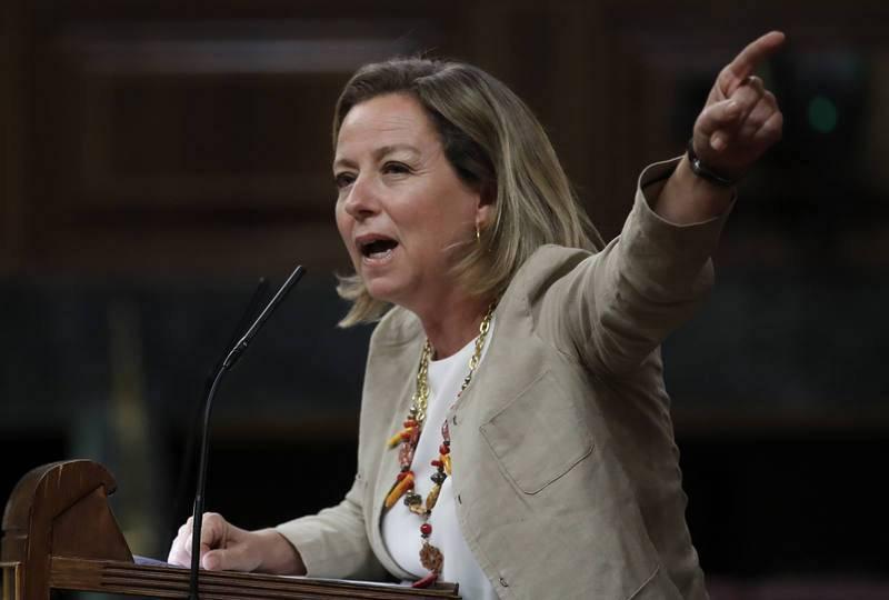 Ana Oramas expone ante el Congreso el rechazo de CC a la moción de censura