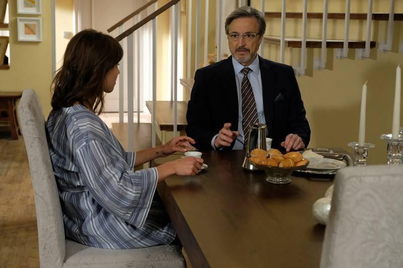 Alicia retoma la investigación de la muerte de su madre