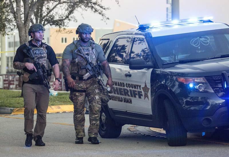 La Policía identifica al autor del tiroteo en Florida como Nikolaus Cruz