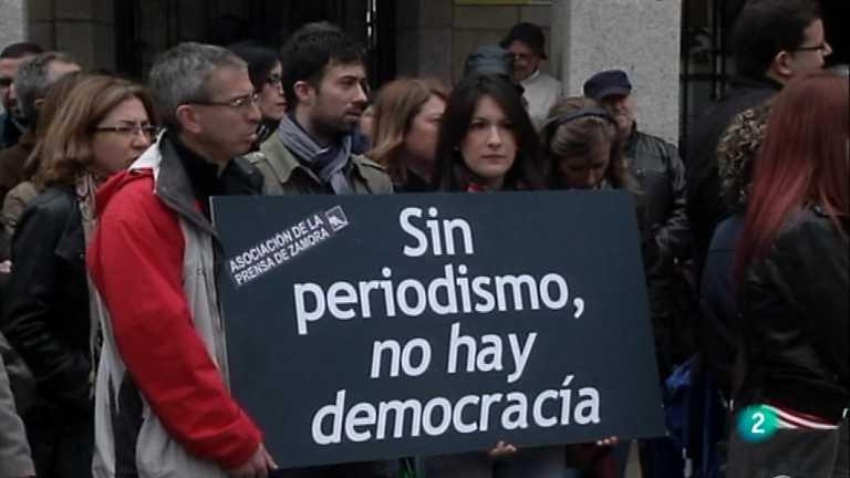 La 2 Noticias - 03/05/12