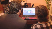 Ir al VideoEn 2013, el 51% de los internautas accedió de forma ilícita a películas libros música o videojuegos