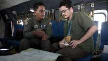 Ir al Video25 países participan ahora en la búsqueda del avión desaparecido