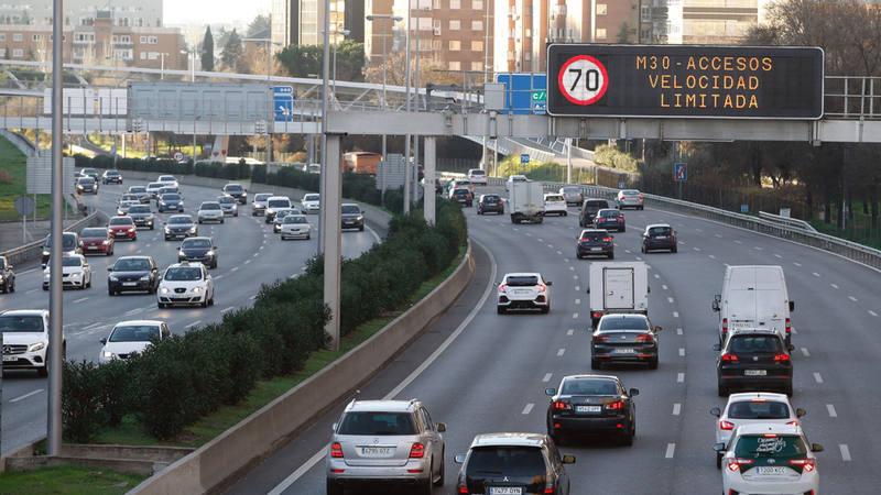 La M-30 de Madrid con restricciones de velocidad