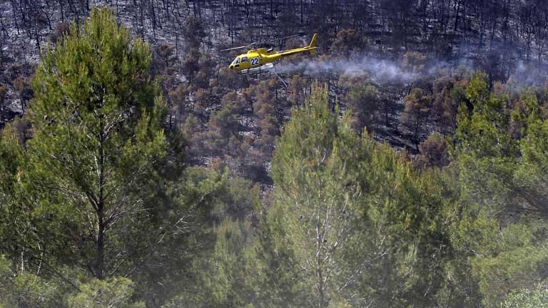 El incendio de Valencia arrasa 1.350 hectáreas