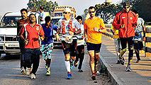 36 españoles viajan a India para correr contra la pobreza