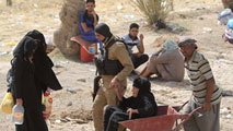 Ir al Video50.000 milicianos chiíes se preparan para liberar Ramadi