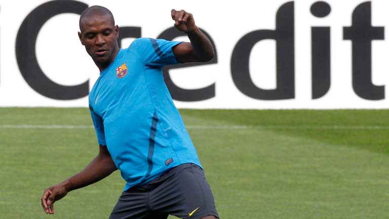 Abidal evoluciona favorablemente
