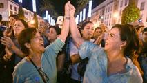 Ir al VideoAbsueltas las dos jóvenes marroquíes acusadas de atentar contra el honor por llevar falda corta