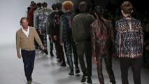 Ir al VideoAcento español en la semana de la moda de Nueva York