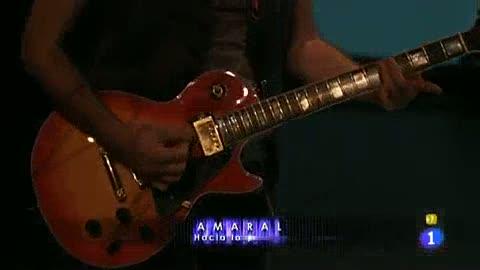 Disco del año 2011 - Actuación de Amaral