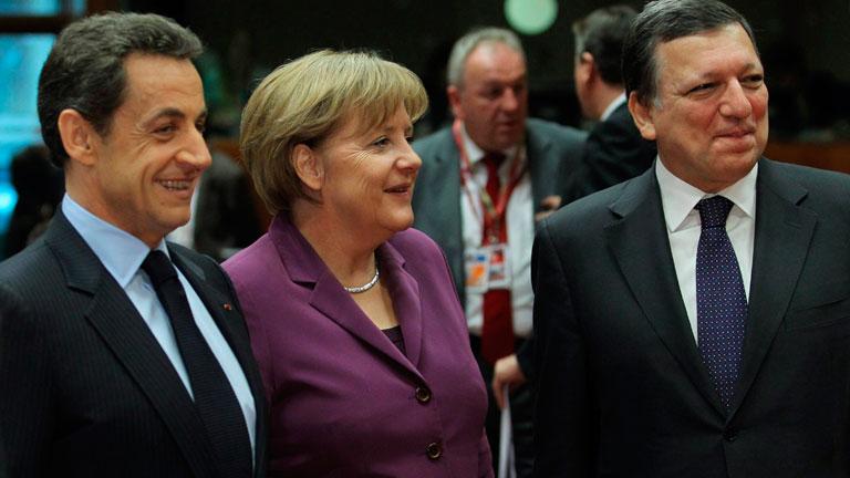 Los líderes de la UE logran un pacto para defender al euro sin el Reino Unido