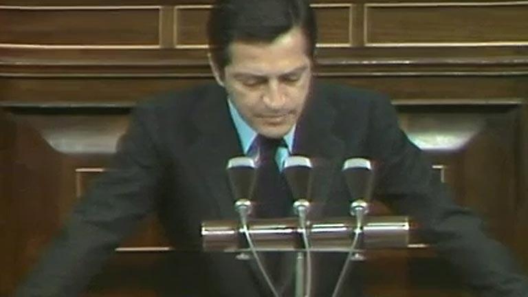 Adolfo Suárez, presidente del Gobierno (1976)