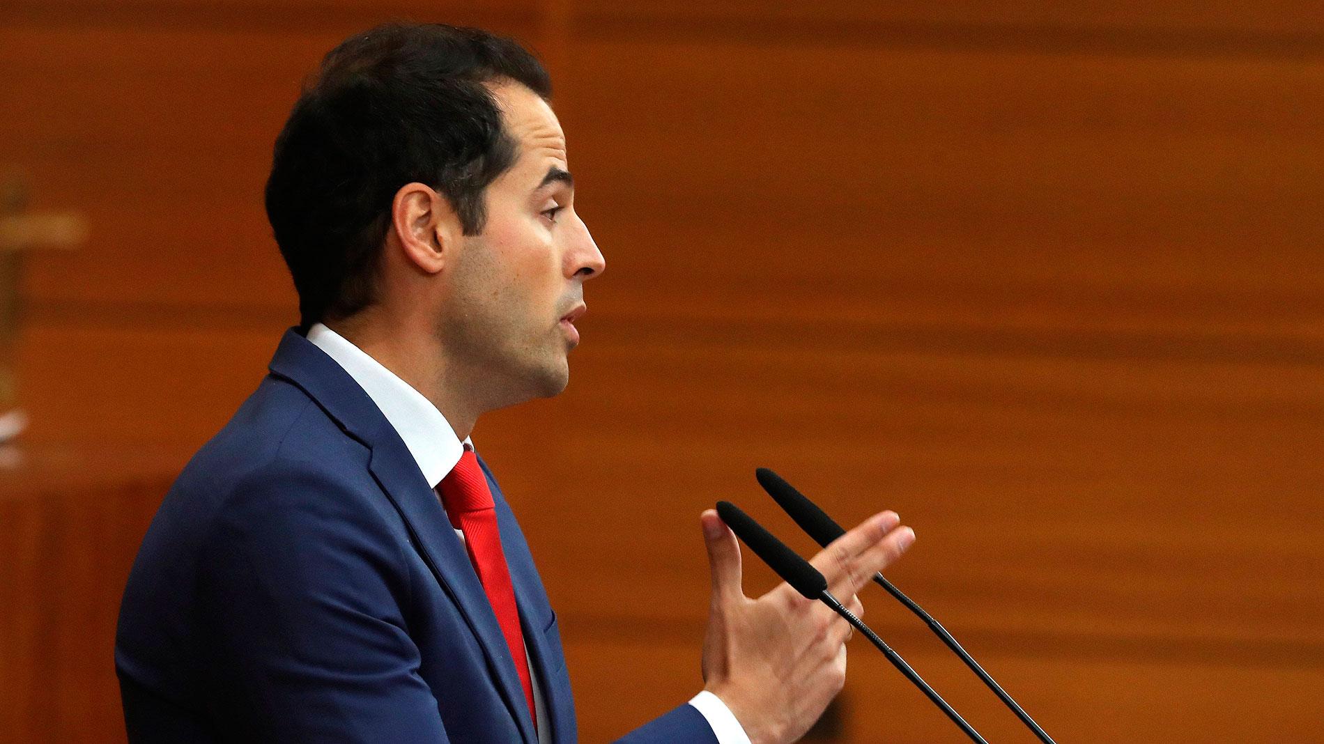 """Ir al VideoAguado promete un gobierno que sirva de """"contrapeso"""" a Sánchez"""