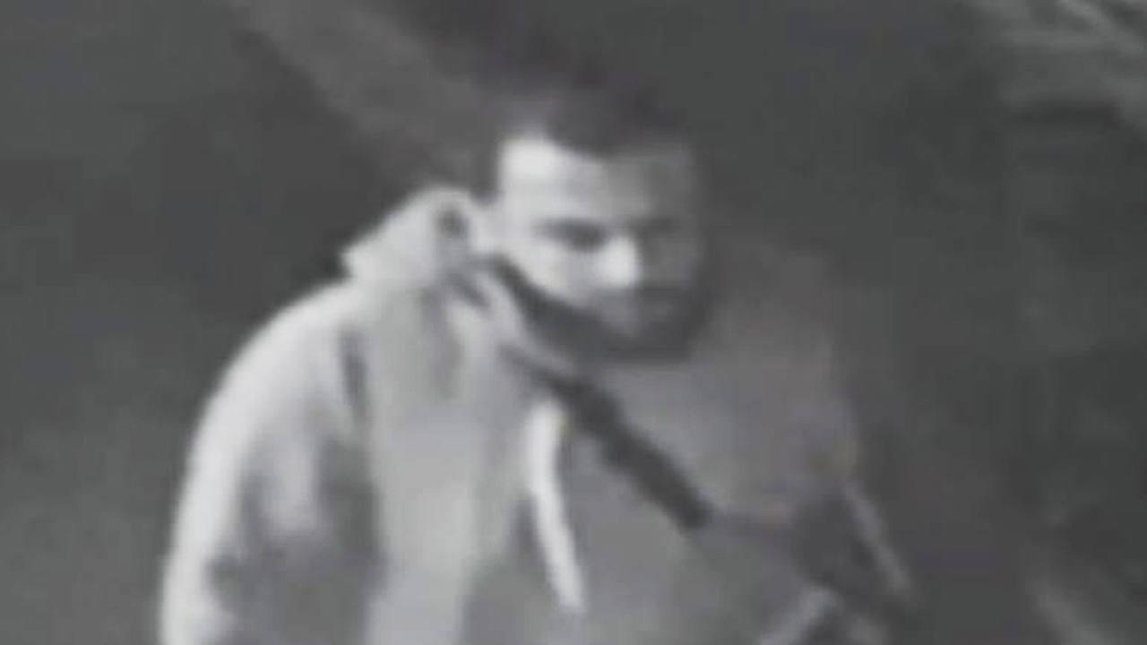 Ahmad Khan Rahami, sospechoso de las explosiones en Nueva York y New Jersey, fotografiado por una cámara de seguridad