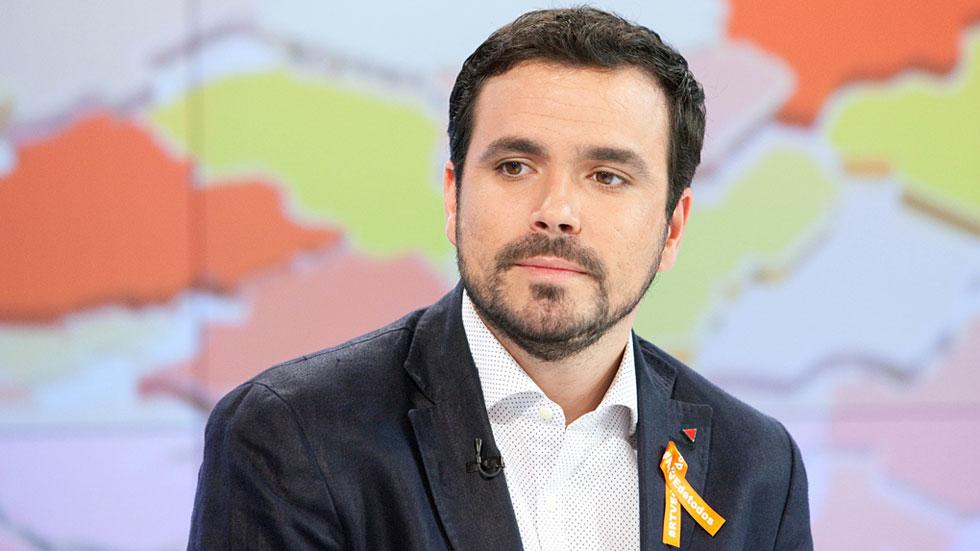 """Alberto Garzón ve """"sorprendente"""" que """"el PSOE no haya decidido nada"""" sobre posibles pactos tras el 26J"""