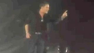 Alejandro Sanz interrumpe un concierto en México para defender a una mujer que estaba siendo agredida por un hombre